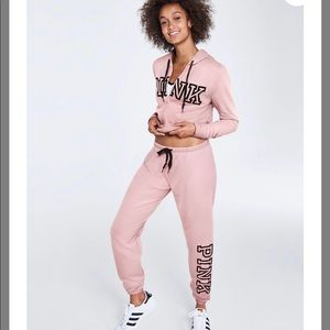 NEW PINK VICTORIA SECRET MATCHING OUTFIT